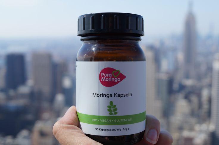 Praktisch für unterwegs! Moringa Kapseln passen in jede Tasche und versorgen dich jederzeit mit Energie  https://pura-moringa.de/moringa-kapseln/