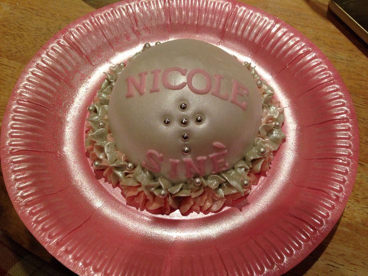 Individual serving cake