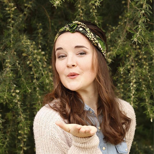 The stunning @aimee.powell repping one of our gorgeous head wraps to brighten up this dreary Sunday ✨  #projectoutward #ethicalfasion #womensempowerment