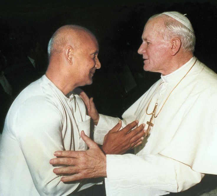 sri-chinmoy-pope-johannes-paul-II-1983