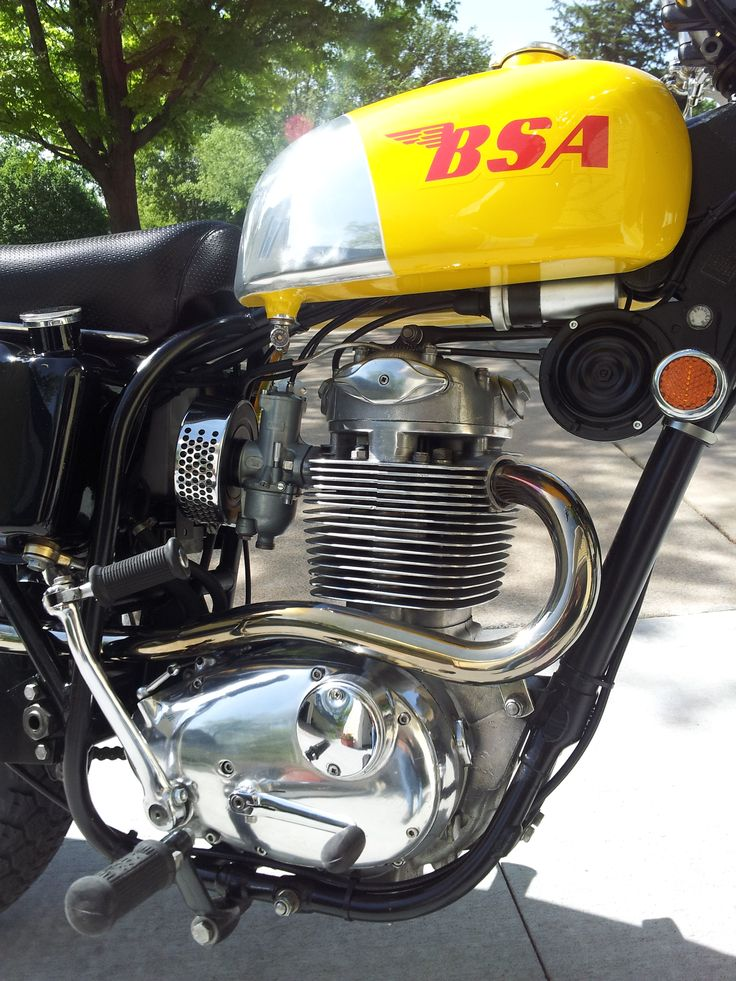 1969 BSA 441 Victor Special restored in 2014
