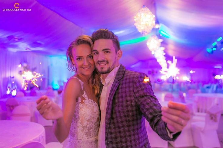 fotograf profesionist nunta botez corporate evenimente bucuresti cluj constanta craiova iasi bacau brasov sibiu timisoara Chirobocea Nicu artificii fireworks groom
