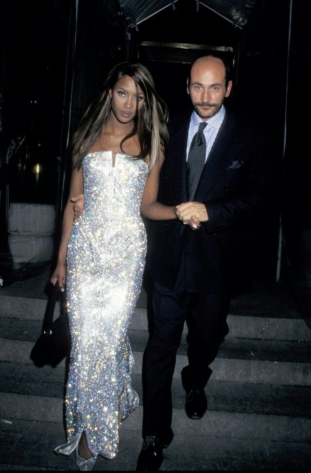 Naomi Campbell in Versace, Met Gala 1995 | Met gala dresses, Met gala  looks, Gala dresses