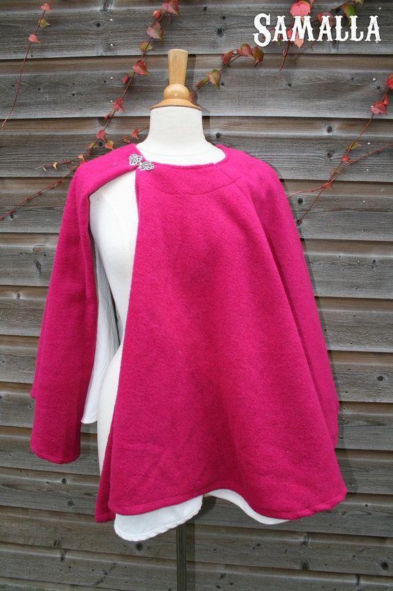Sample Sale Pink Wool Capelet by SamallaNL on Etsy