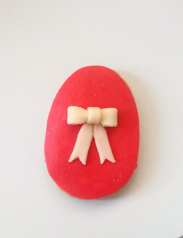 Easter Egg Cookie with a bow! Μπισκότο Πασχαλινό Αυγό με φιόγκο!