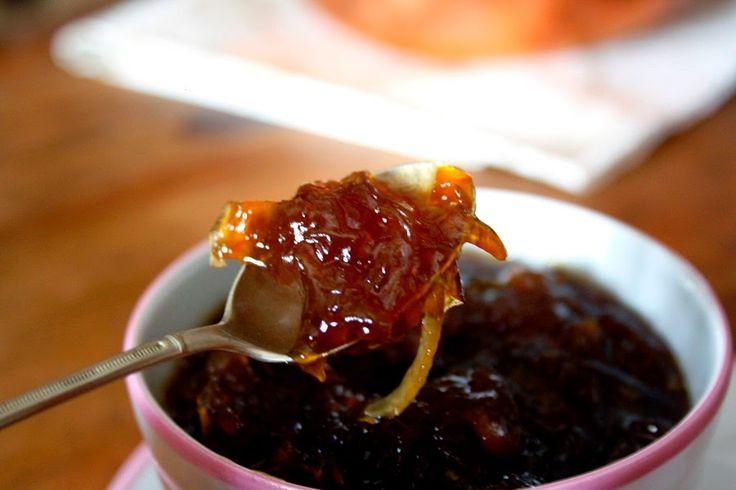 Volvemos al blog con esta receta de Cebolla Caramelizada o Mermelada de Cebolla .           La he usado este verano muchas veces para a...