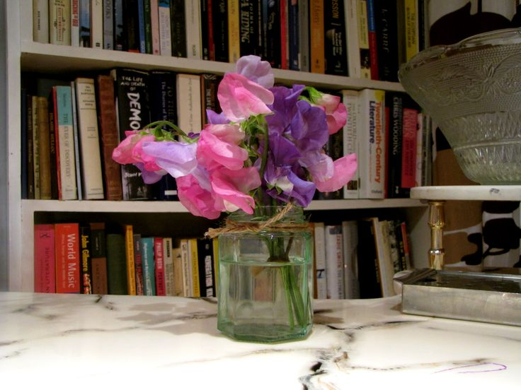 Sweetpea table decoration
