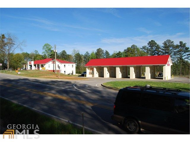 3020 Gillsville Hwy Gainesville GA 30507   $259,000. MLS 7473876. Call Lisa 706-200-6576. Excellent investment opportunity on income producing 5 bay self car wash and 4000 sf multi tennant commercial building completely rented. Car wash built in 2006 and complete with vaccuums, vending machines, air pressure machine: refurbished late 2012. Sale includes: over 2 acres of land, carwash and retail building. Zoned SS suburban shopping.