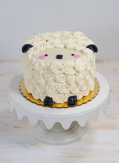 Lois the Lamb Mini cake by Whipped Bakeshop