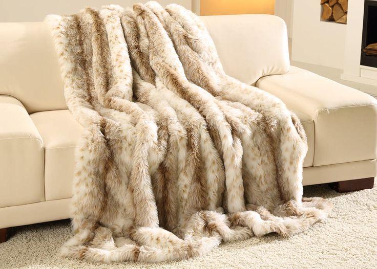 les 17 meilleures images du tableau plaid fourrure sur pinterest fourrures plaid fausse. Black Bedroom Furniture Sets. Home Design Ideas