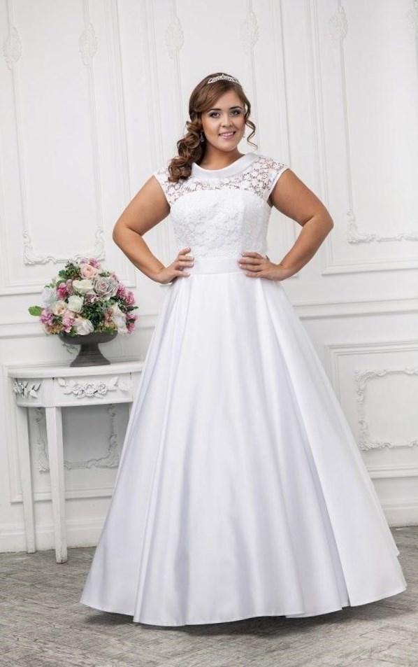 Свадебные платья для полных девушек фото - http://1svadebnoeplate.ru/svadebnye-platja-dlja-polnyh-devushek-foto-3186/ #свадьба #платье #свадебноеплатье #торжество #невеста
