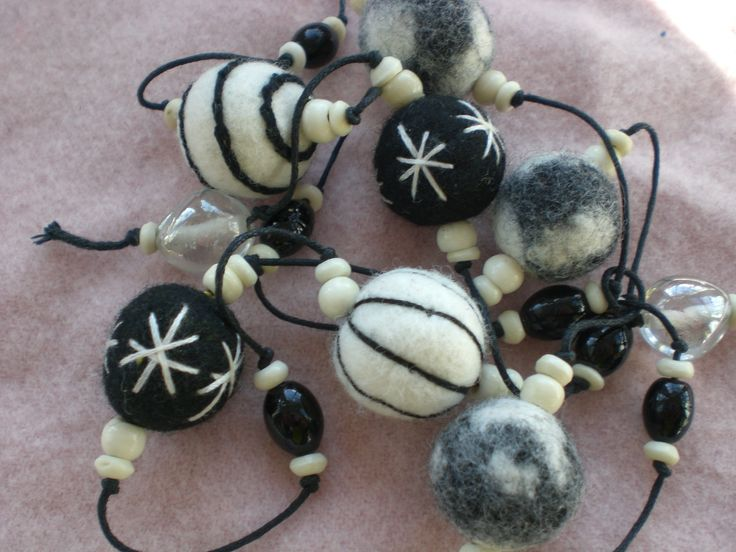 Anjie's embroidered felt bead necklace. Bobbin & Bodkin Creative Workshops