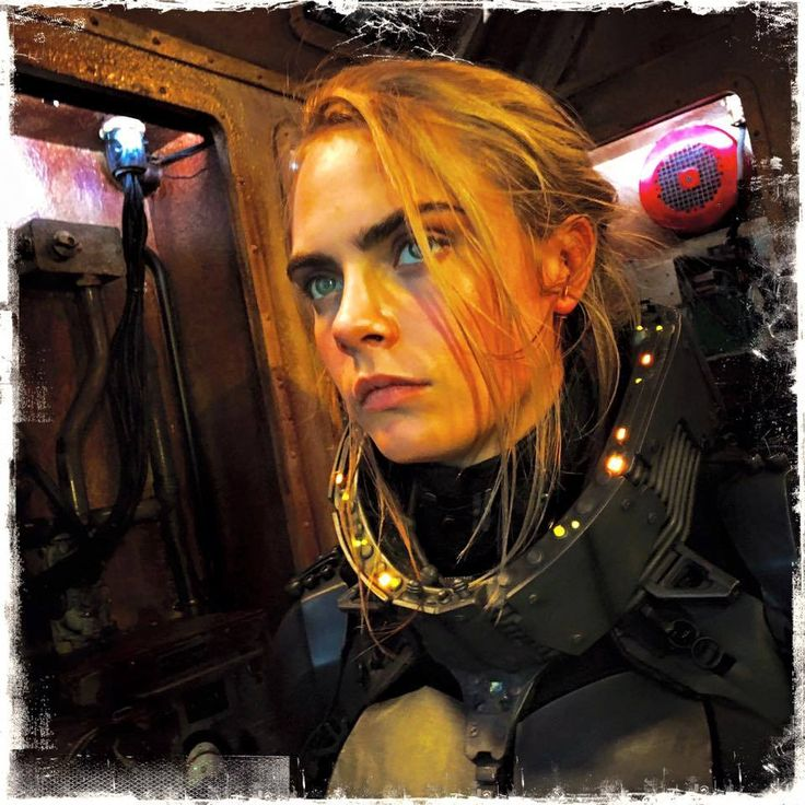 Valerian And The City Of A Thousand Planets: On The Set Of Valerian With Cara Delevingne! - Imgur