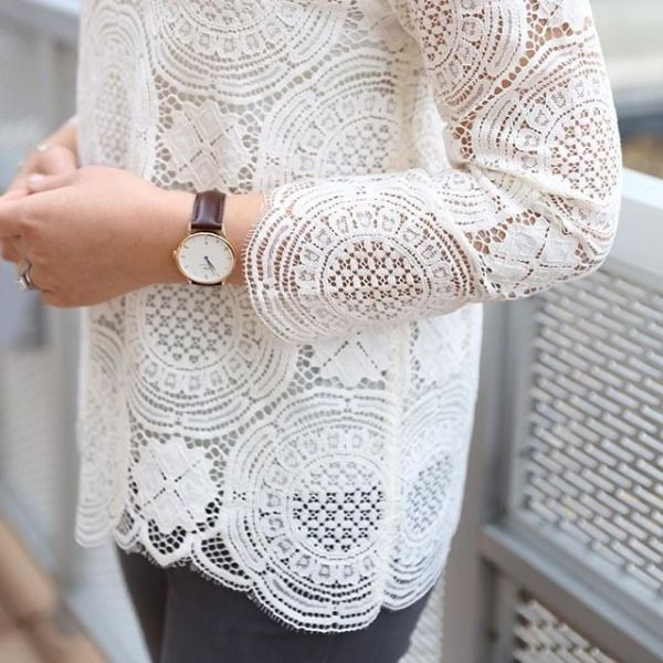 The LOFT Lace Medallion Top as styled by @whatjesswore!