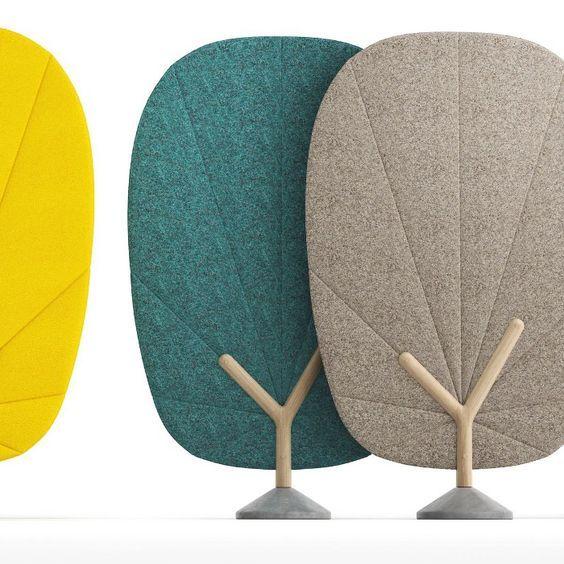 Tree screen, alliance de feutre coloré, bois et béton reprenant la morphologie de l'arbre vont vous permettre de délimiter vos espaces, vous isoler tout en jouant le rôle d'absorbeur de sons pour un confort acoustique optimal.: