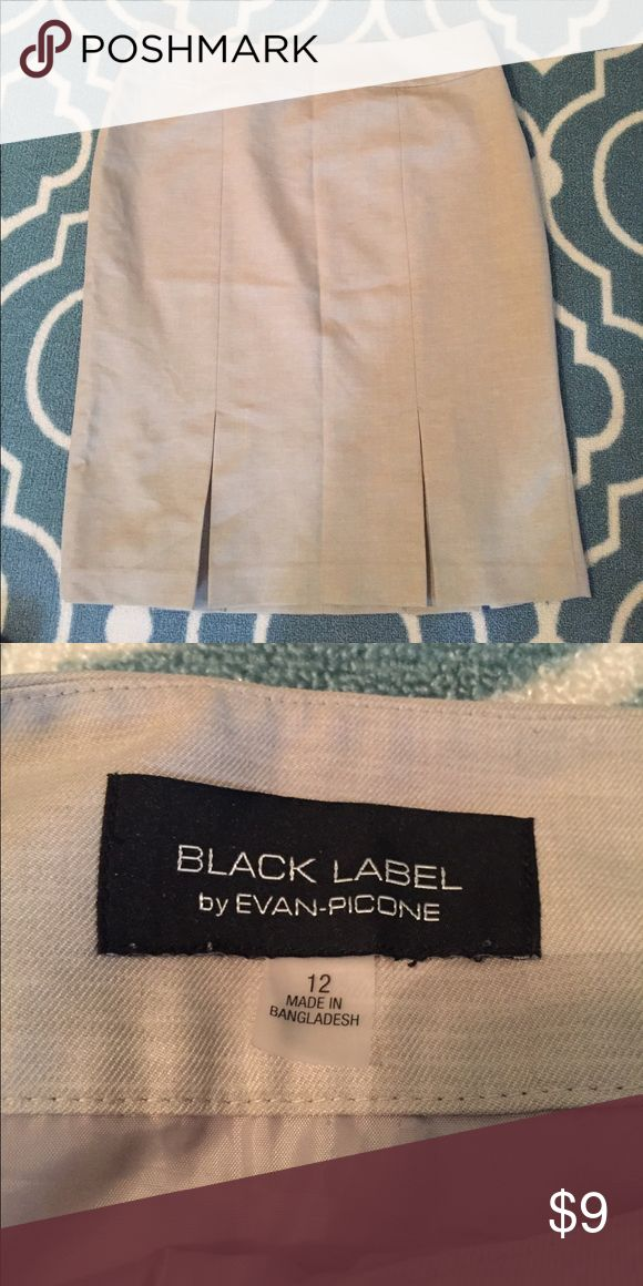 Tan pencil skirt - Evan Picone  - LIKE NEW Tan pencil skirt Evan Picone Skirts Pencil