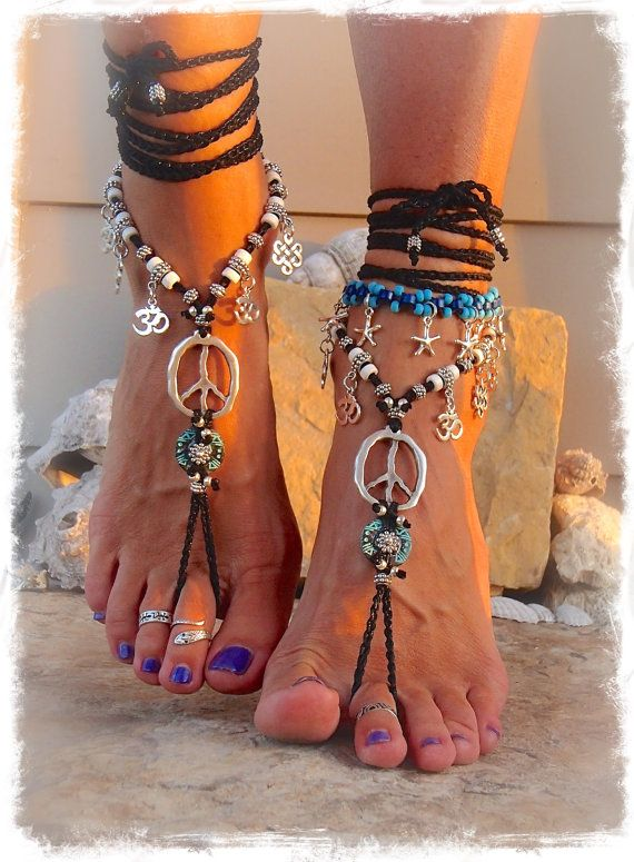 Yogi PEACE sign BAREFOOT sandals Silver Om symbol YOGA jewelry Crochet toe ankle wrap Toe thongs Black sandal Garden wedding footwear GPyoga