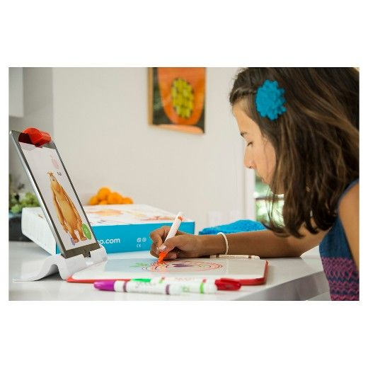 Supercharge your child's artistic abilities. Drawings come to life. Use creative thinking to solve puzzles. The Osmo Creative Kit encourages kids to think creatively and builds their confidence through hands-on play. Three amazing games are included: Monster, Masterpiece, and Newton. <br>• Creative Kit comes with reflector, base, Creative Board, Yoobi Markers, and Fuzzy Pouch to play Masterpiece, Monster, and Newton. <br>• Works with latest iPads: iPad 2, iPa...