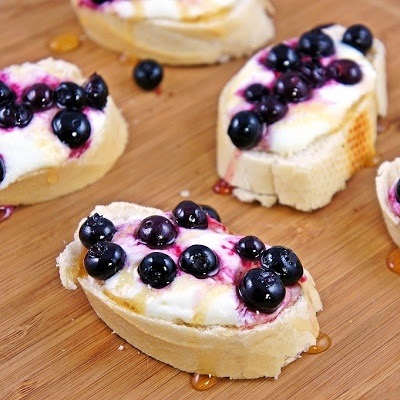 Roasted Blueberry Ricotta Crostini - substitute maple syrup for the ...