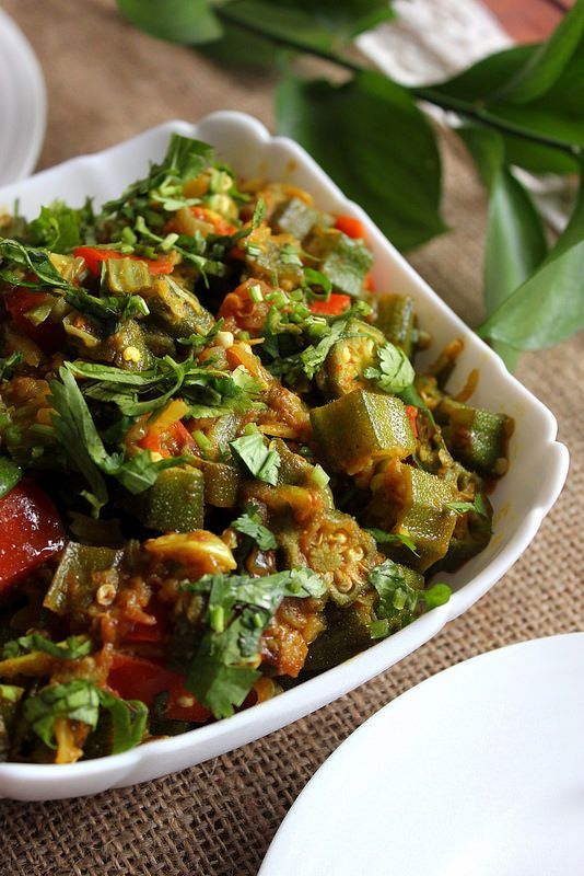 A quick, easyand best of all, a very simple dish to cook up with Okra, or Bhindi as it's called in Bengali.