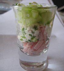 beenham met komkommer en roomkaas // Leuk in een klein glaasje