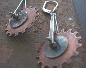 Steampunk orecchini miscelati di orecchini di di dnajewelrydesigns