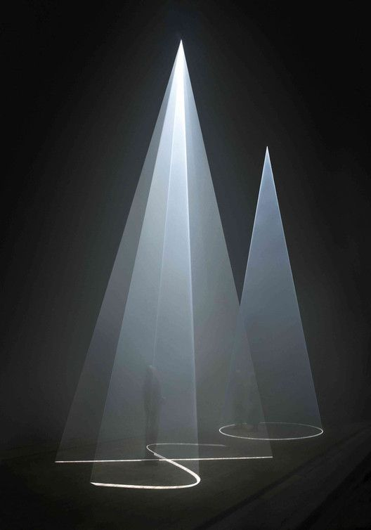 Solid Light, Performance and Public Works. Image © Wikipedia: [Hugo Glending], bajo licencia CC BY-SA 2.0