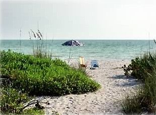 White Caps Cottages Vacation Rental - VRBO 23973 - 1 BR Sanibel Island Cottage in FL, This Cottage is a Castle! 1BR Gulf Front at White Caps!