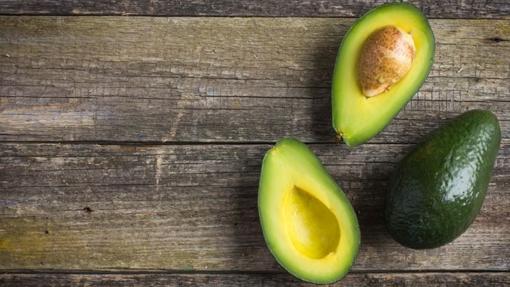 10 Health Benefits of Eating Avocados: It's the small  fruit that has been touted by everyone from healthy eating gurus to celebrity facialists as a wonder-food, popping up by the crate full. But what exactly is it about the humble avocado that's got the whole world talking? So with the avocados superfood status in mind, we've put together a list of the top health benefits of this delicious fruit, to give you the lowdown on how you can improve your health by adding it into your diet.