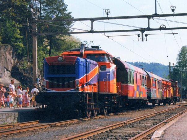 Train - different engine