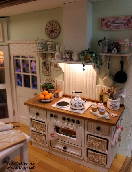 Un Taller de Miniaturas: Otra calida cocina/Another cozy kitchen -Part 3-