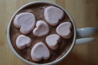 Aprenda a preparar a receita de Chocolate quente com marshmallow
