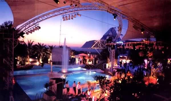Privilege Ibiza open roof.