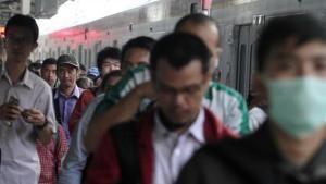 Wow Berangkat Kerja Naik Kereta Bisa Bikin Berat Badan Naik