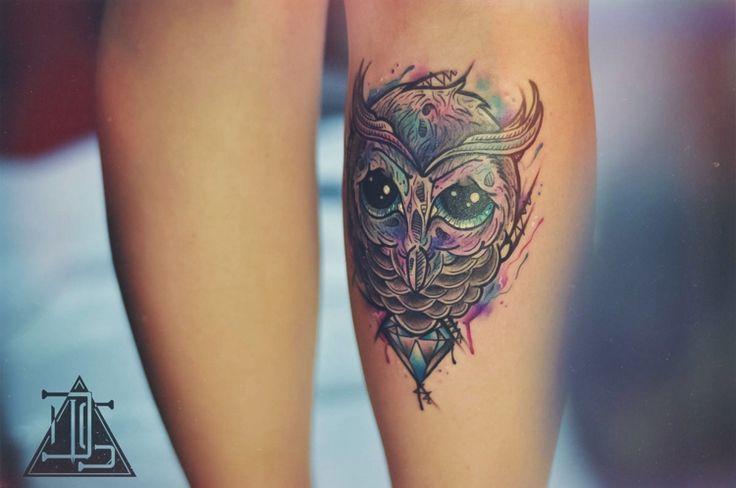 Bunte #Tattoos für #Frauen – Vögel symbolisieren #Freiheit – #bunte #Frauen