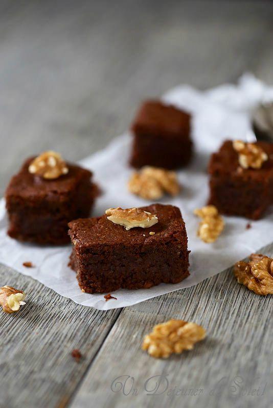 Gâteau fondant au chocolat et aux noix (sans gluten)