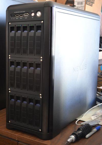 Un servidor es un ordenador u otro tipo de equipo informático