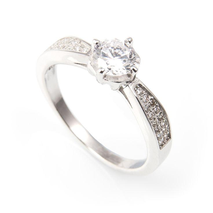 Sortija Plata de ley con el clásico y elegante diseño para pedida de matrimonio.19,80 € (IVA incl.)Ancho: 7 mm | Largo: 20 mm