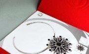 17 Desain Katalog Perhiasan Brosur Permata