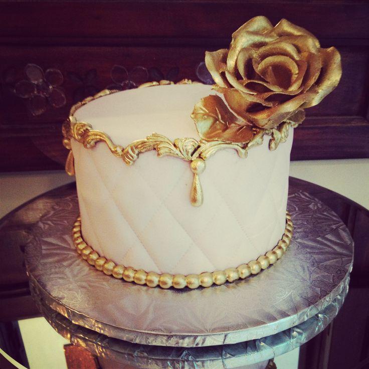 Adored Vintage 10 Vintage Inspired Wedding Cakes: My Bridal Shower Vintage Cake