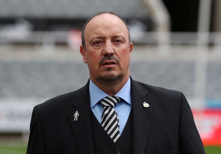 Jamie Carragher: Benitez Tidak Akan Lama Melatih Newcastle United