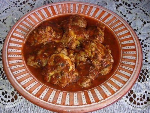Voici une recette de cervelle préparée en sauce avec les épices et condiments classiques, utilisés dans les marinades marocaines. INGREDIENTS Une cervelle de veau ou 2 cervelles de moutons 1 c à s d'huile d'olive 3 gousses d'ail écrasées 1 c à c de sel...