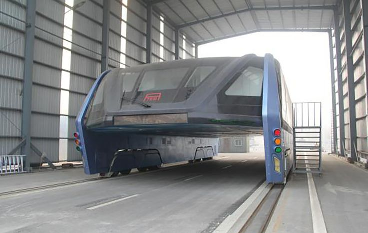 China's Transit Elevated Bus Concept Goes Bust...and not because of any design flaws- Core77