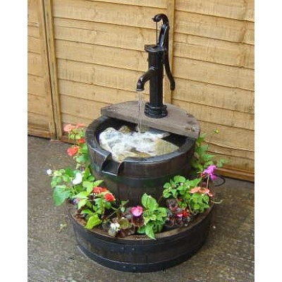 Best 25 small water features ideas on pinterest small for Small water features