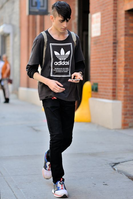 adidas vintage shirt & a cool street outfit
