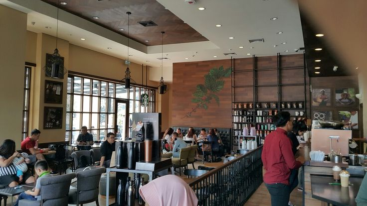 Starbucks Reserve, Parisj van Java. Bandung, West Java. May 14th, 2017.