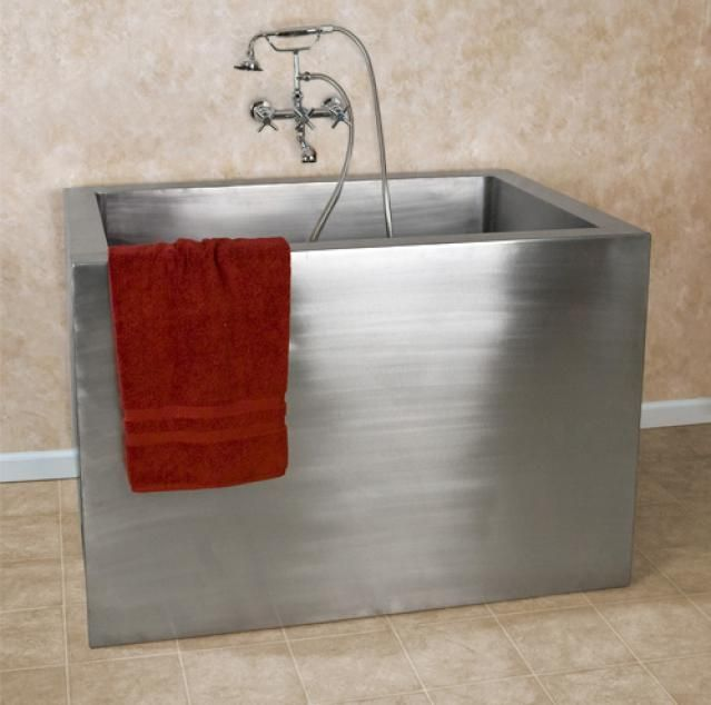 """How to Fit a Spa Tub Into Your Tiny Bathroom: """"Amery"""" 48-inch stainless-steel soaking tub"""
