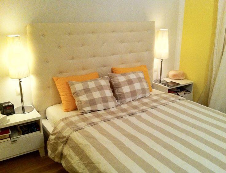 """IKEA-HACK:  Es ist das Bett """"Malm"""" - 160cm breit - habe das Kopfteil erhöht und mit Schaumstoff gepolstert. Mit """"Bomull"""" Vo"""