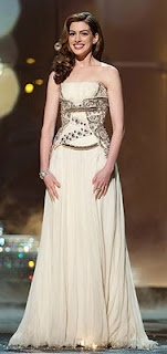 Givenchy Haute Couture gown, Anne Hathaway, 2011: Annehathaway, Red Carpet, Oscar Dresses, Oscar Gowns, Day Dresses, The Dresses, Hathaway Oscar, Haute Couture, Anne Hathaway