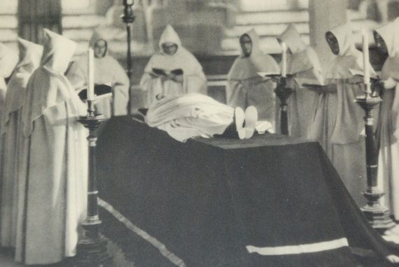 Jose Ortiz Echague 1943 religious Intaglio prints of photos from spain Espana Mystica catholic Monasterio de Pablet Funeral